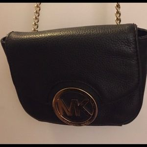 Michael Kors Fulton cross body leather purse